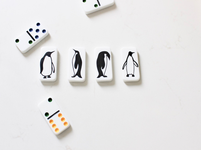 penguin-dominoes