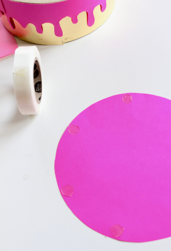 pink-lid-glue-dots