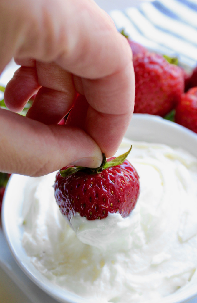 strawberry-dipped-in-a-cream-cheese-treat