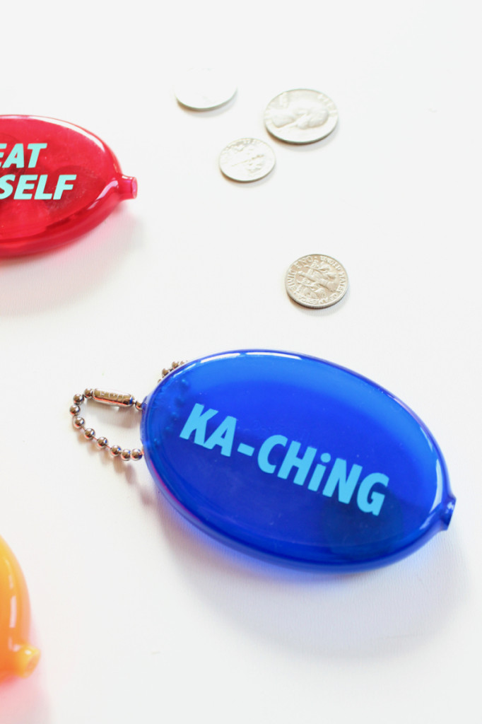 ka-ching-retro-squeeze-coin-purse
