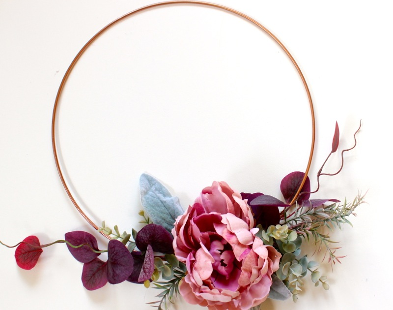 diy-fall-wreath-with-copper-ring-and-peony-on-a-copper-modern-wreath