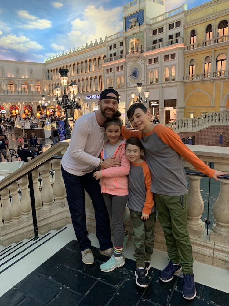 kids in vegas-venetian hotel
