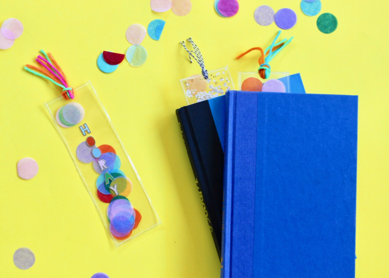 confetti-bookmark-book