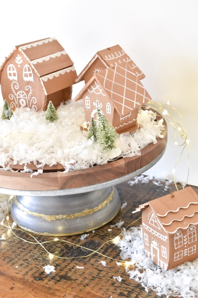 gingerbread house- christmas decor