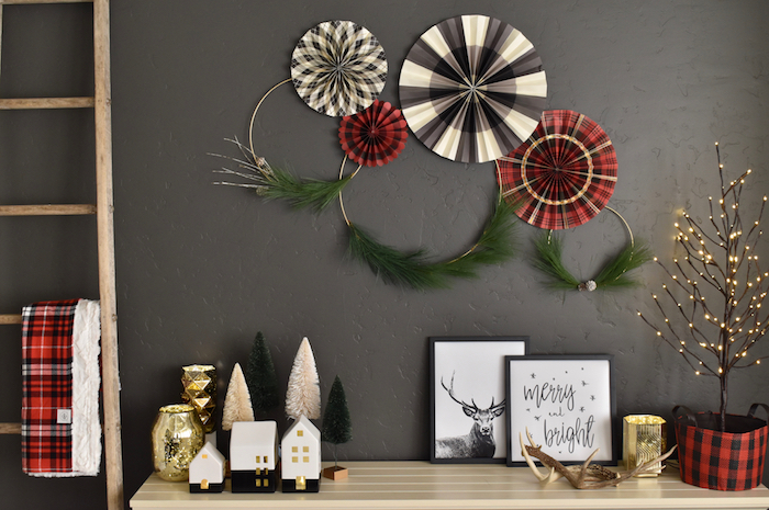 modern-and-plaid-christmas-decorations-in-a-small-space
