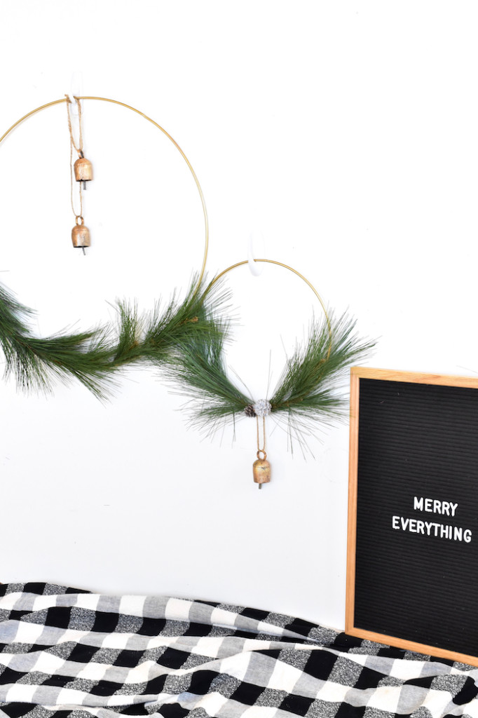 diy winter wreath with bells