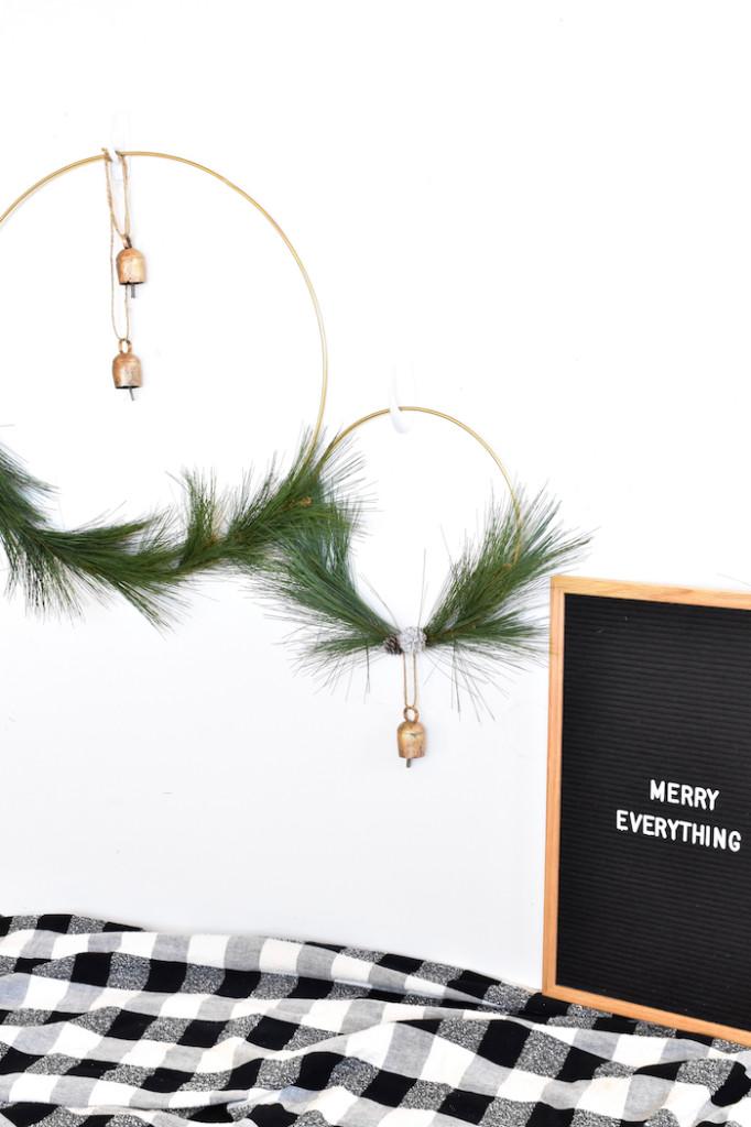diy winter wreath with bells