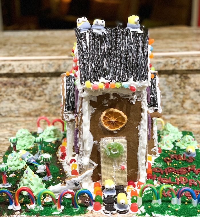 Gru's Christmas House, 3rd graders