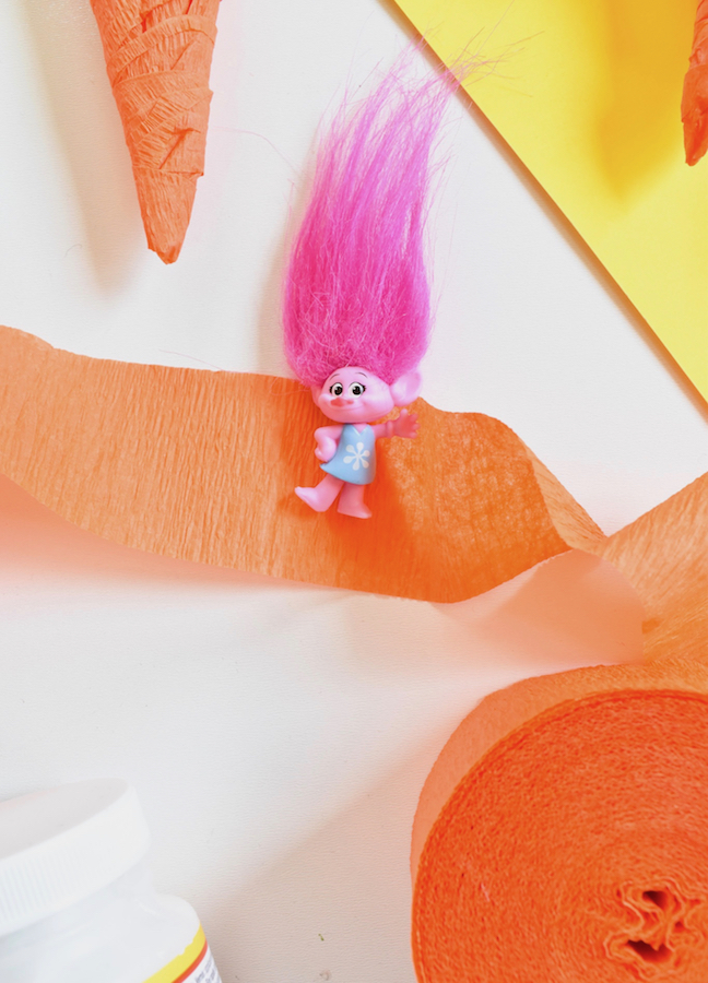 DIY trolls surprise carrots with crepe paper