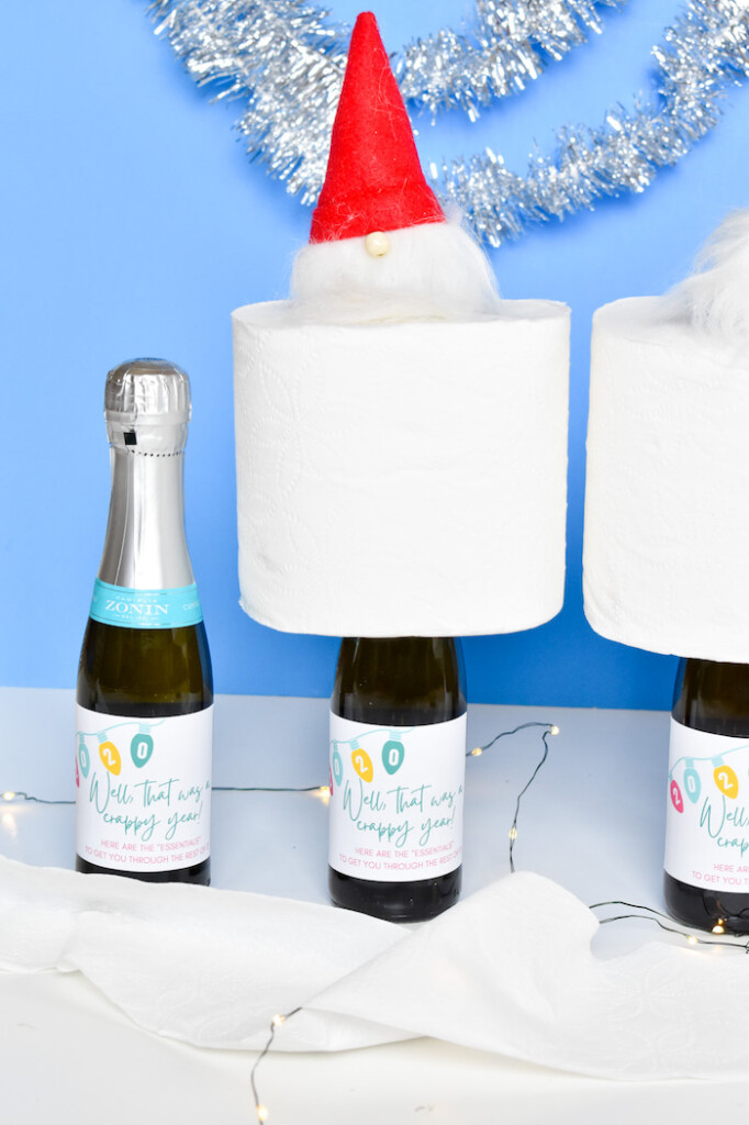 DIY toilet paper and prosecco holiday gift and free printable
